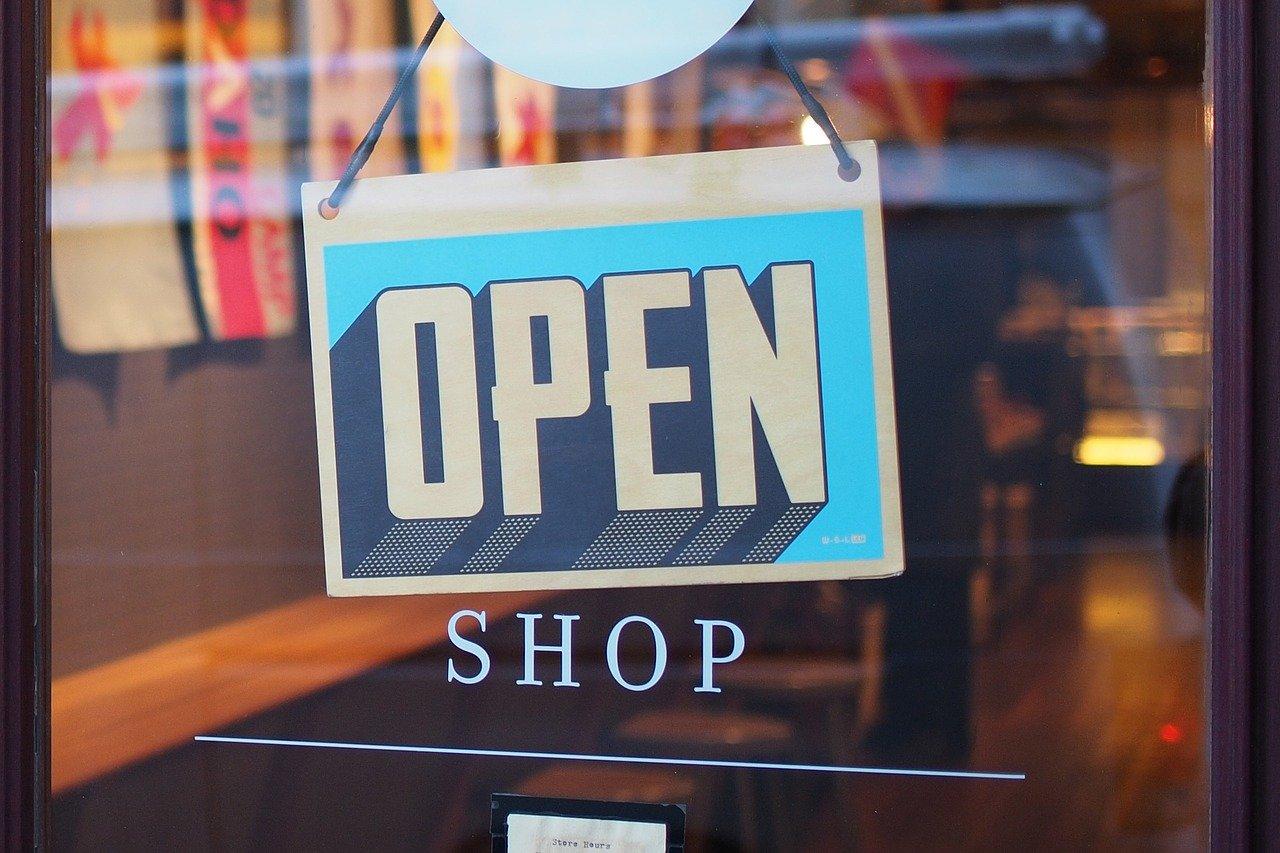 Pesquisa do Sebrae indica que 76% dos pequenos negócios já estão funcionando